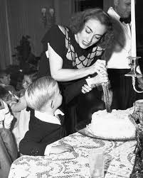 A good time had by all with Joan Crawford